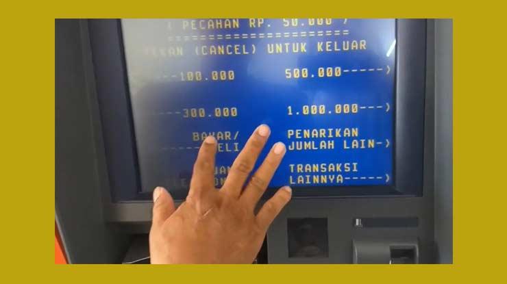 Melalui ATM Mandiri